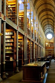 Bogsalen på universitetsbiblioteket