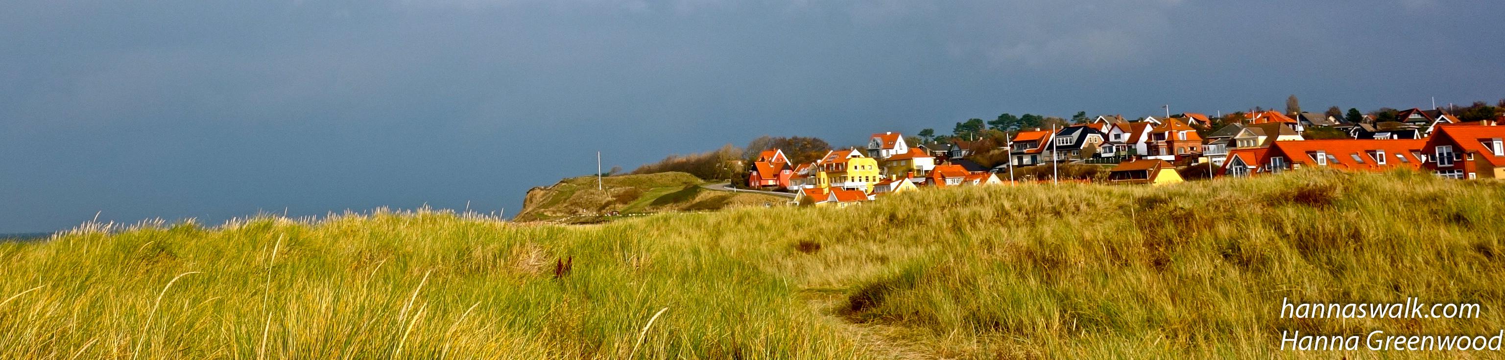 Oppe i bakkerne, oppe ved Spodsbjerg Fyr ligger Knud Rasmussens Hus