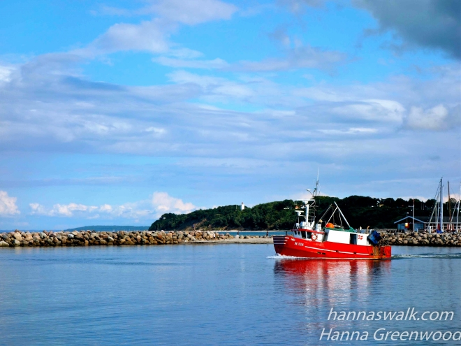 Fishing boat leaving Gilleleje Havn