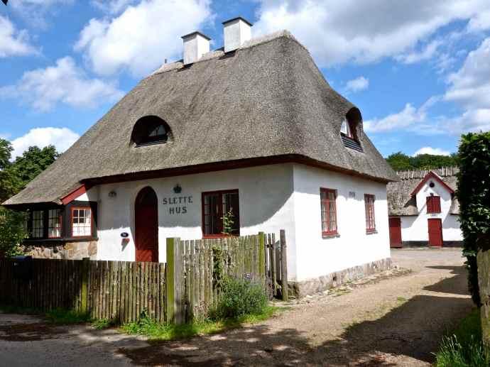 Slettehus, Jægersborg Dyrehave, Lyngby